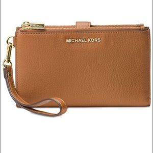 Michael Kors Double-Zip Pebble Leather Wristlet